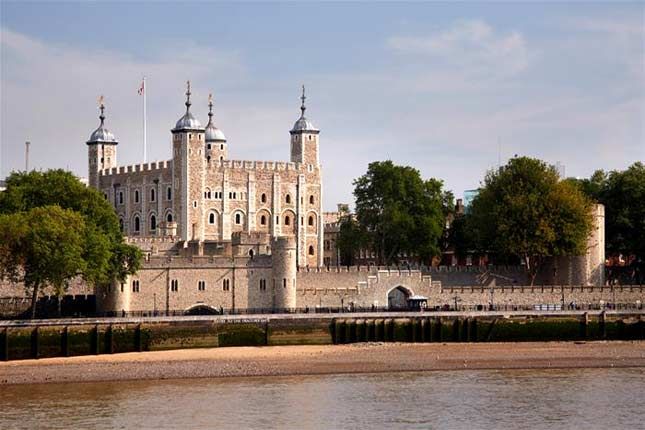 Tower of London tour services